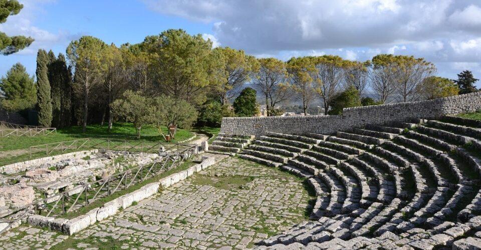 Teatro-greco-di-Palazzolo-Acreide